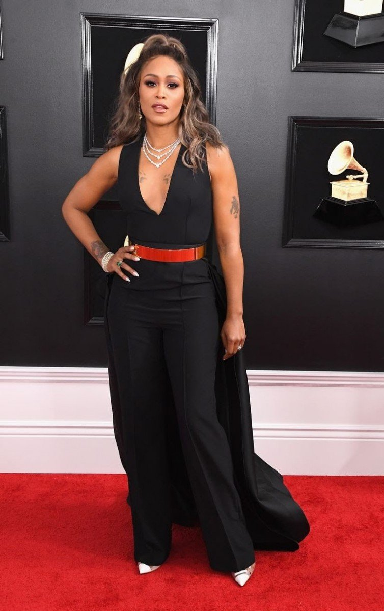 All Grammys 2019 Red Carpet Celebrity Dresses & Looks (Photos)