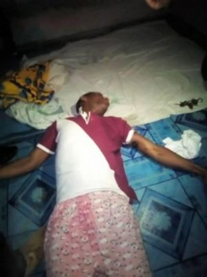 Photo of Nigerian Man Electrocuted While Charging Phone