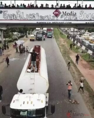 #EndSARS: Davido Protests On Top Of A Fuel Tanker (Photo, Video)